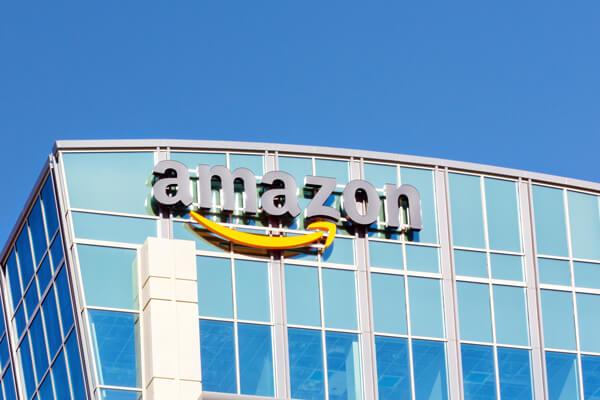 揮手就能結帳?亞馬遜推出「手掌支付」 Amazon Trials Palm-Scanning Payment