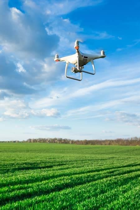 無人機 —— 是日救星 or 是日危機 Drones to the Rescue!